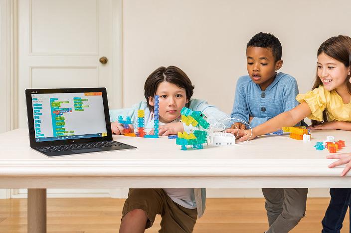 【自由研究などにピッタリ!】ロボット・プログラミング学習キット「KOOV(クーヴ)」が発売!2020年小学校でプログラミング教育義務化に向けての準備を!【始めるなら今!】
