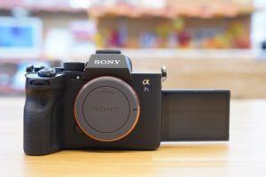 「α7SⅢ」開梱レポート!話題の最新動画向けフルサイズ一眼ミラーレスカメラ!